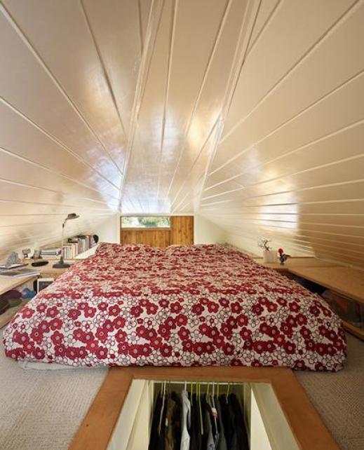 320-sf-garage-conversion-bed-loft
