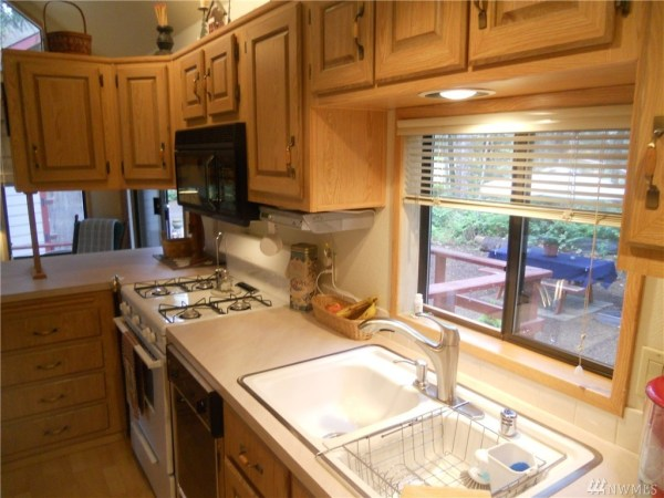 325 Sq Ft Tiny Cottage For Sale 0019