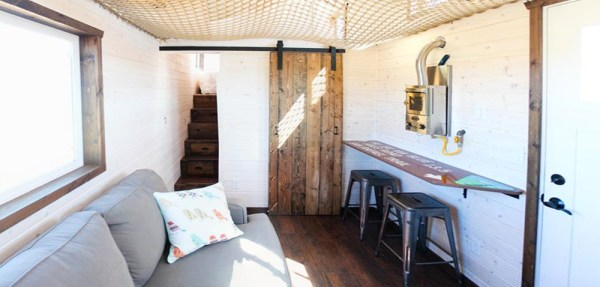 33ft Gooseneck Tiny House by Canyonland Tiny Homes_011