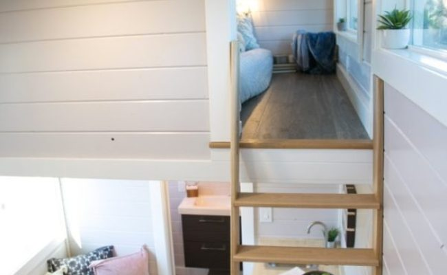 275 Sq Ft Tiny House With Separate Industrial Kitchen