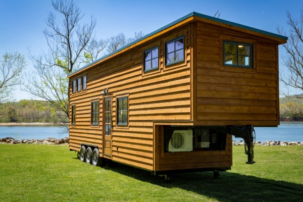 35ft CedarHouse by Timbercraft Tiny Homes EXTERIOR 0014