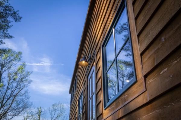 35ft CedarHouse by Timbercraft Tiny Homes EXTERIOR 0021
