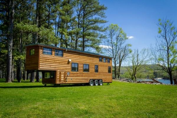 35ft CedarHouse by Timbercraft Tiny Homes EXTERIOR 007