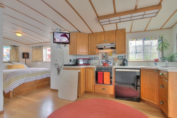 kitchen inside houseboat