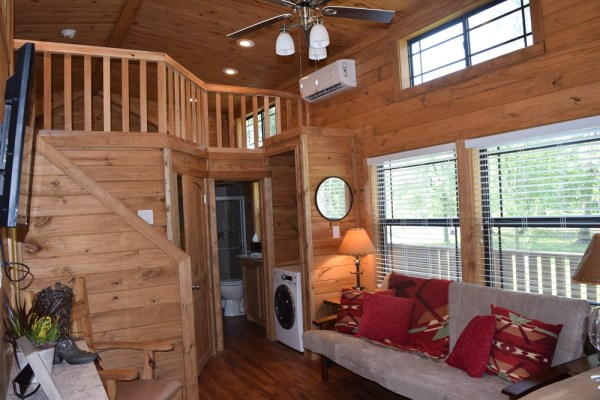 393sf Park Model Tiny Home on Waterfront Lot in Texas 005