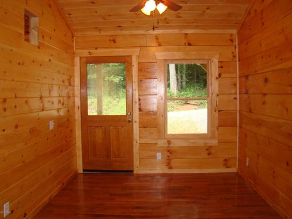 400 Sq Ft Log Cabin in Laurel Fork