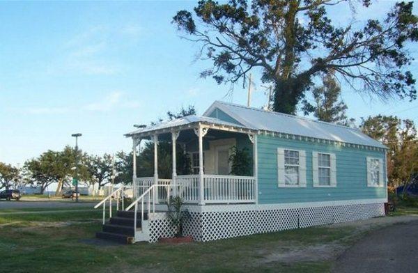 415-sq-ft-koastal-cottage-tiny-house-story-0001