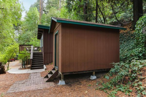 420-sq-ft-ben-lomond-cabin-011