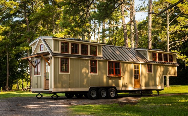 Super Spacious 42 Foot Tiny Home On Wheels The Denali