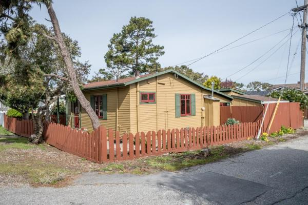 440sf Cottage in Pacific Grove CA_018