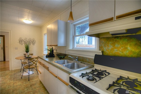 468 Sq Ft Tiny Cottage In Olympia For Sale