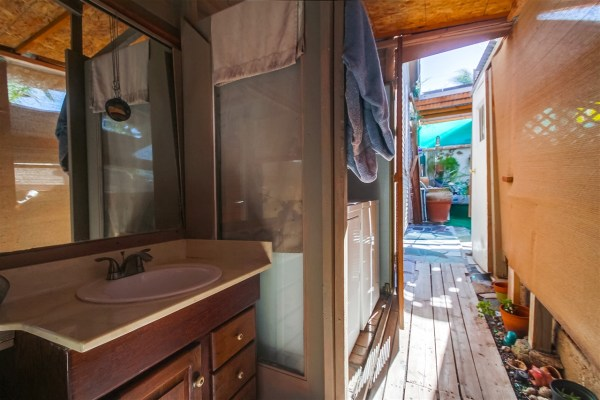 472 Sq Ft Tiny Home For Sale in San Diego CA_023