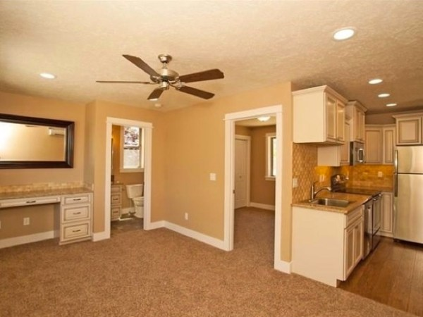 474 Sq Ft Home with Garage 006