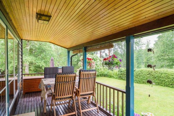 570-sq-ft-tiny-cottage-in-rural-sweden-008