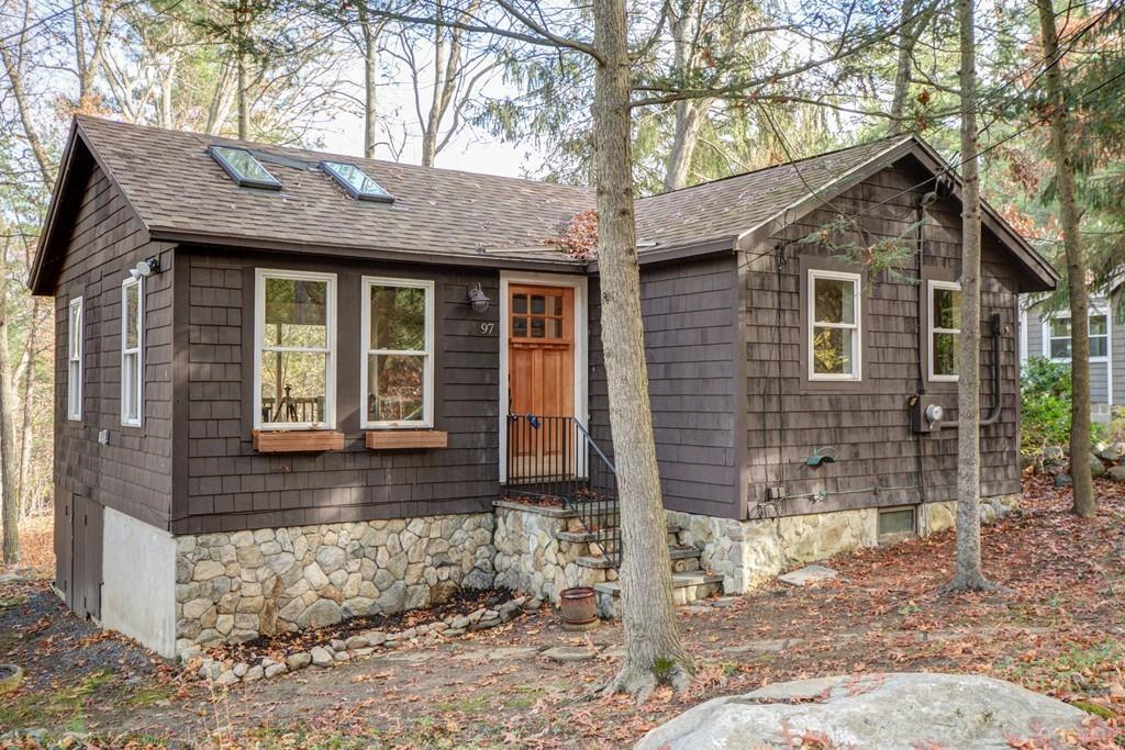 595 Sq Ft Boxborough Cottage