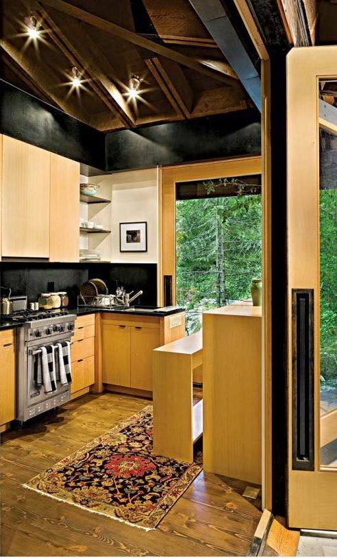 600 Sq Ft Tye River Cabin in Washington