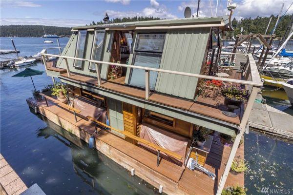 600sf Floating Cottage in San Juan Island 0025