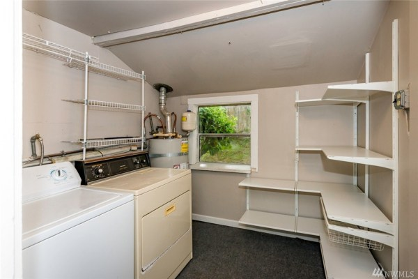624 Sq. Ft. Cottage in Olympia For Sale