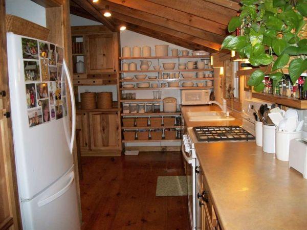 630-sq-ft-parrotsville-cottage-002