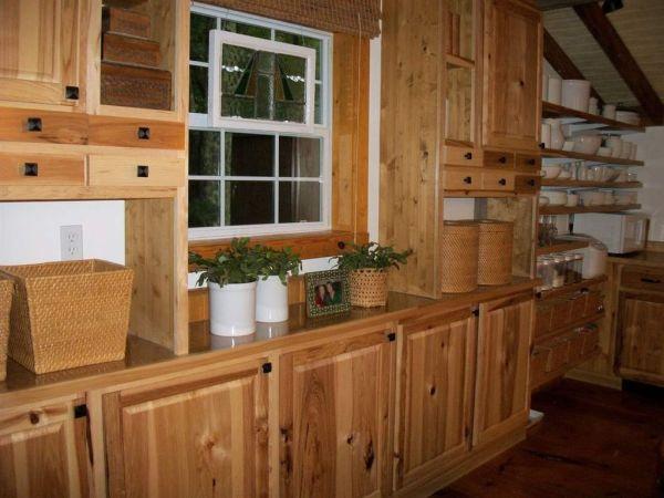 630-sq-ft-parrotsville-cottage-006