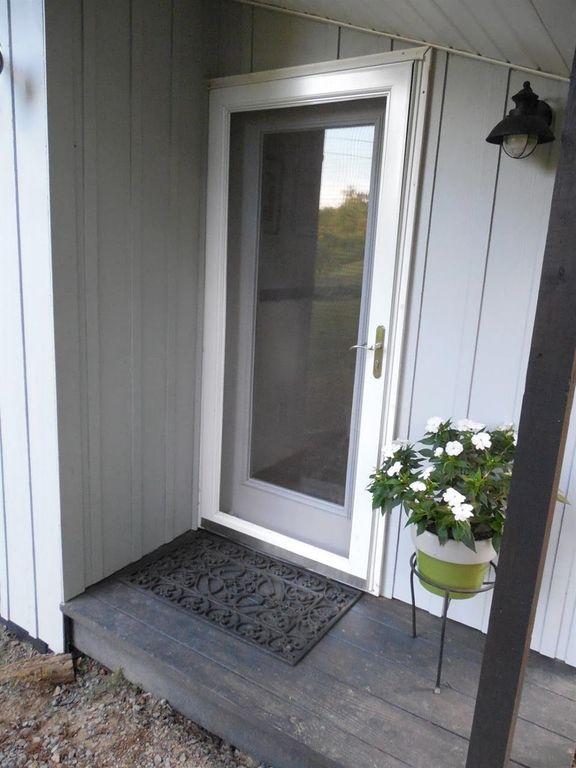 630-sq-ft-parrotsville-cottage-020