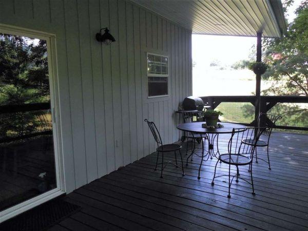 630-sq-ft-parrotsville-cottage-022