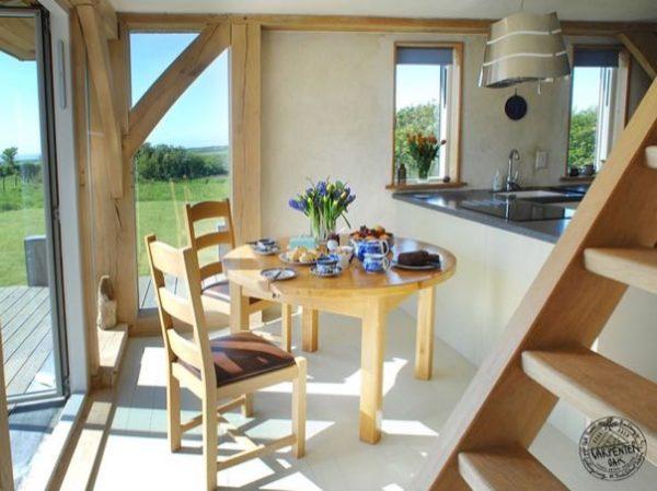 646-sq-ft-carpenter-oak-cottage-003