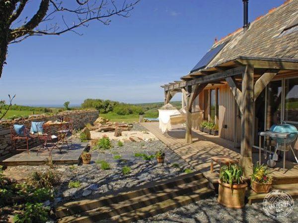 646-sq-ft-carpenter-oak-cottage-006
