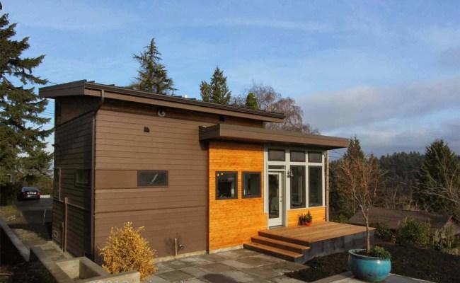 650 Sq Ft Lake Washington Cabin