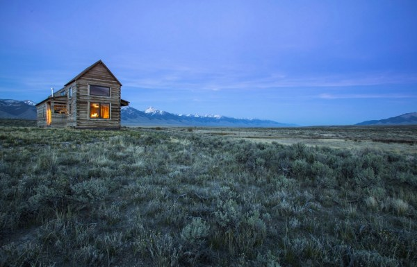 690-Sq-Ft-Little-Lost-Cabin-Idaho-003