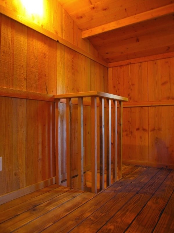 6x10-treehouse-inspired-tiny-house-built-with-scraps-by-molecule-tiny-homes-0015