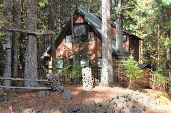 720 Sq Ft Cabin in Hoodsport For Sale 002