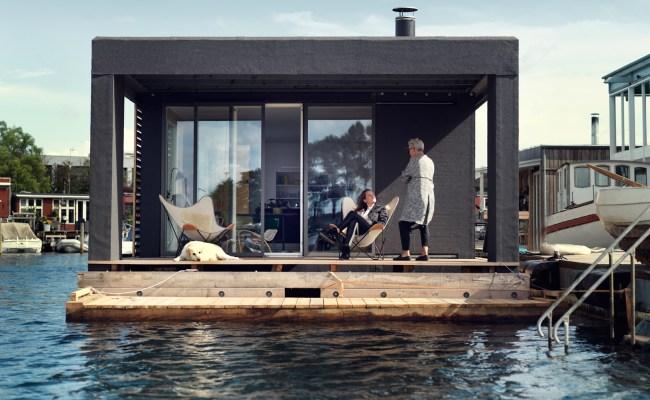 753 Sq Ft Modern Houseboat