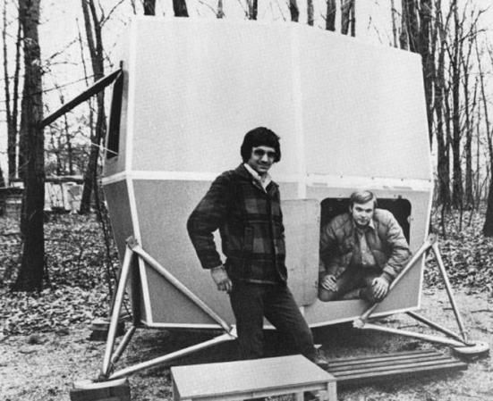 The original 8' Microhouse with Ken Isaacs