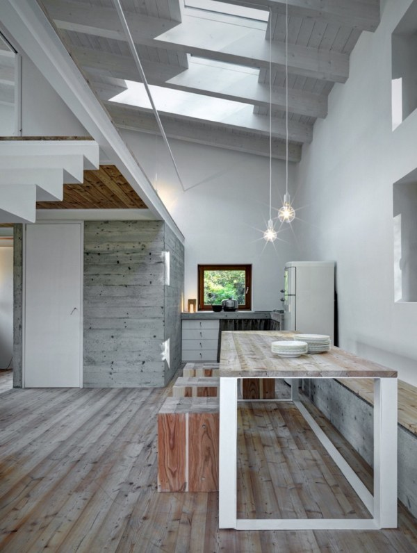 800 Sq. Ft. Stone Cottage 003