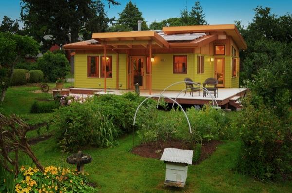 800-sq-ft-small-house-sixdegreesconstruction_riverroad02