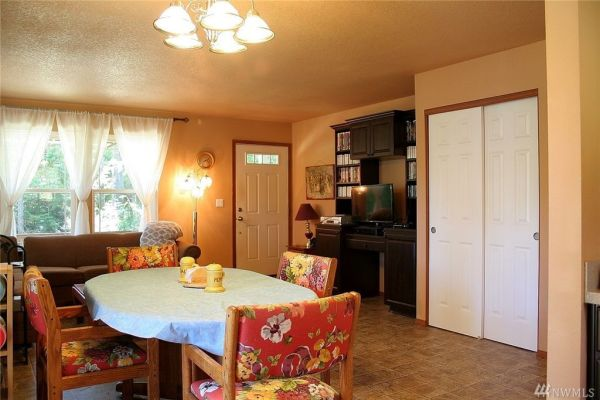 840 Sq. Ft. Cottage in Shelton, WA For Sale