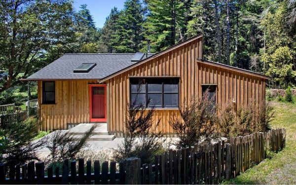 840-sf-modern-rustic-redwoods-cottage-cabin-by-cathy-schwabe-002