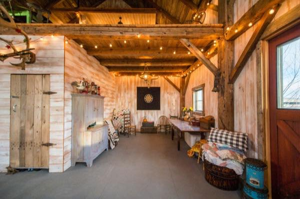 840 sq ft barn to cabin conversion for 840 square feet