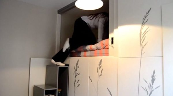 86-sq-ft-transforming-micro-apartment-paris-kitoko-studios-006