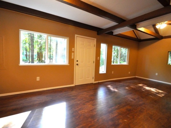 867-cabin-for-sale-009