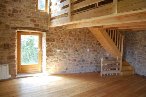 890-sq-ft-cottage-in-france-008