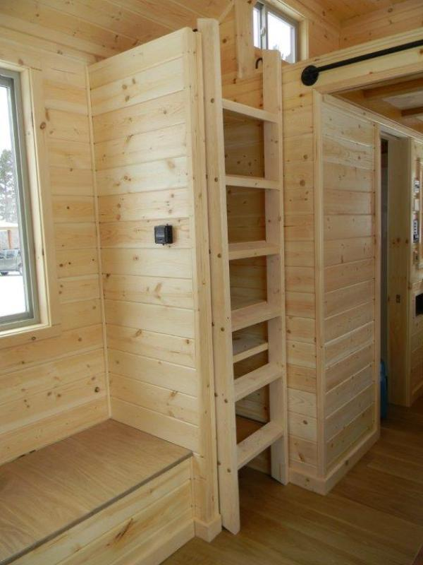 8x22 Tiny Cabin on Wheels 0011