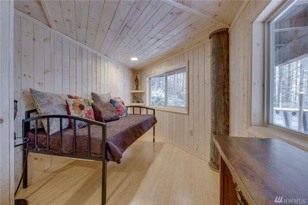 900 Sq Ft Round Cabin in Tahuya WA 0015