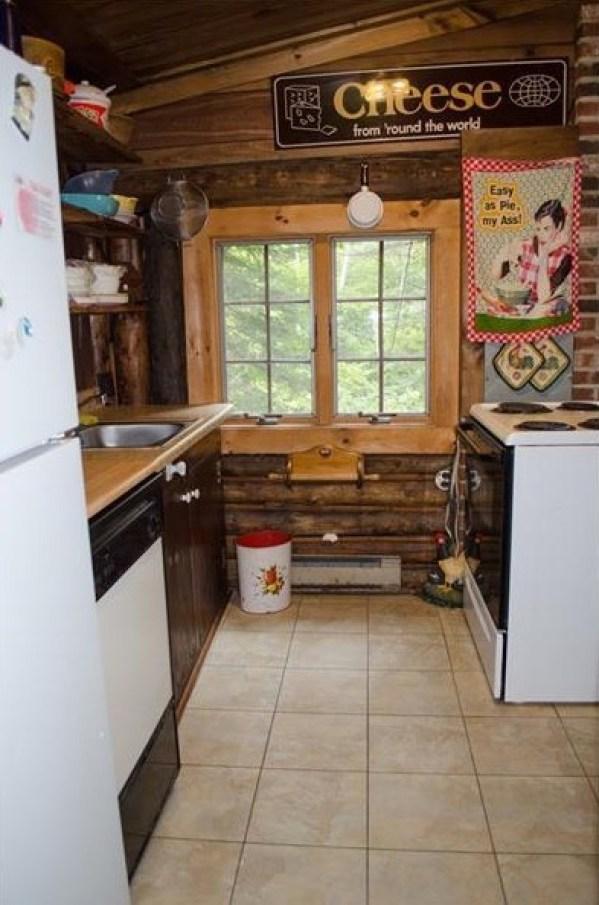90k-tiny-log-cabin-built-in-1934-via-estately-006