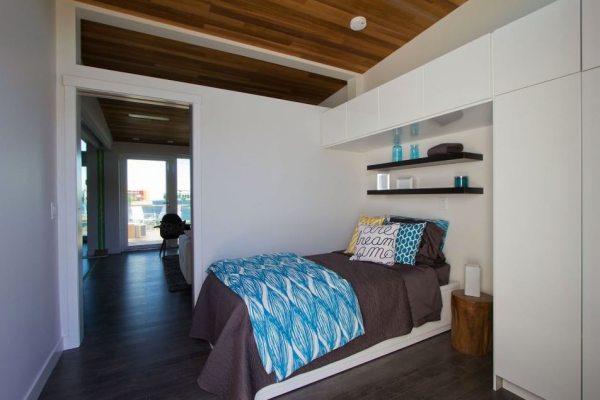 915-sq-ft-small-house-for-roommates-solar-decathlon-2013-borealis-0016