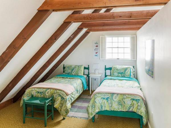 960-sq-ft-cozy-beach-cottage-04