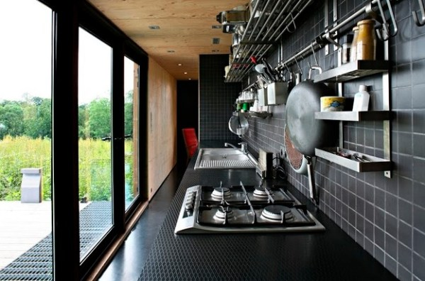 979-Sq-Ft-F-House-Small-Family-004