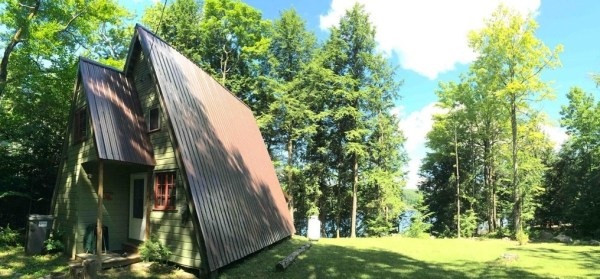 A-frame Cabin For Sale in Fort Ann 009