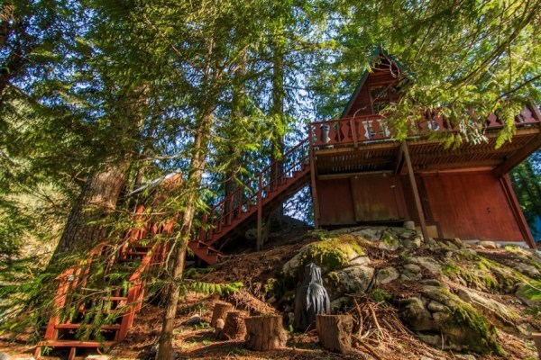 A-frame Cabin For Sale in Skykomish, WA 0012